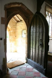 Open_door_-_geograph.org.uk_-_798005